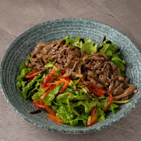 Салат из говяжьей вырезки